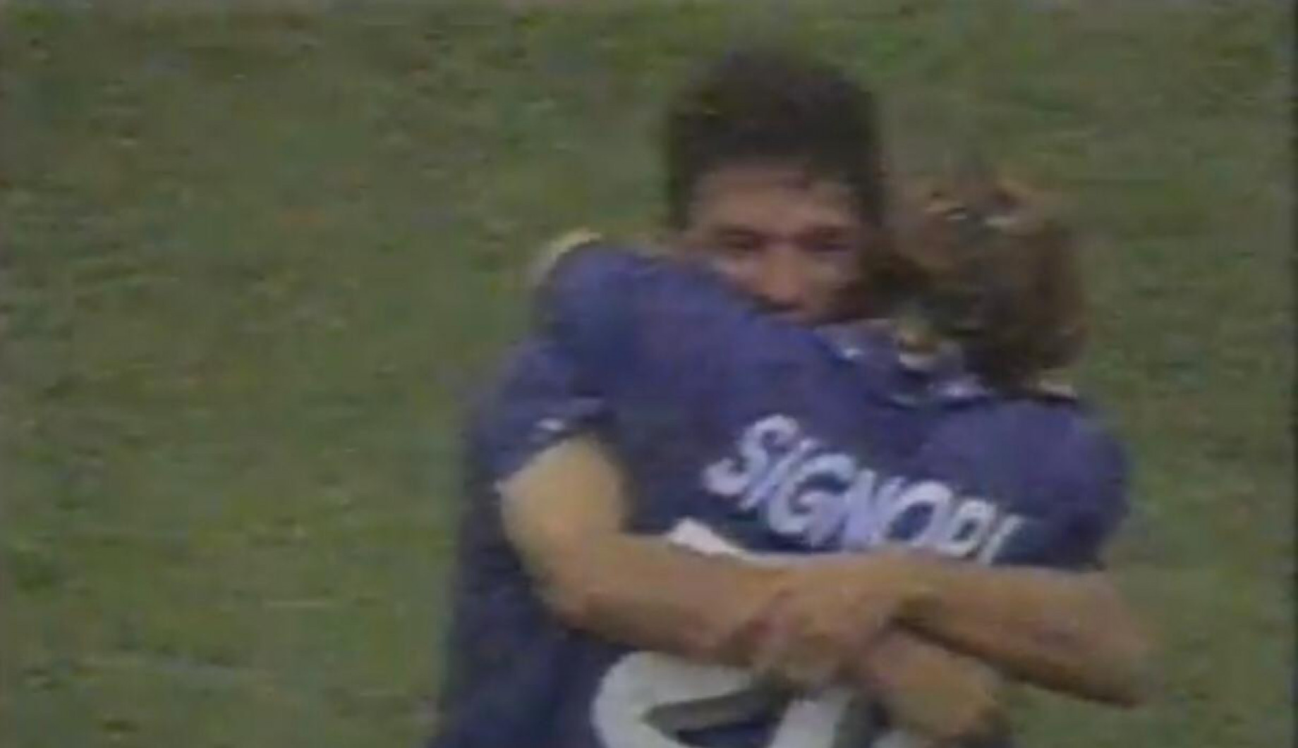 baggio sign screen.jpg