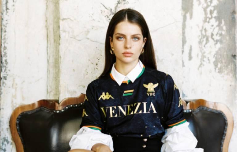 venezia-nuova-maglia-2021-22-screen2