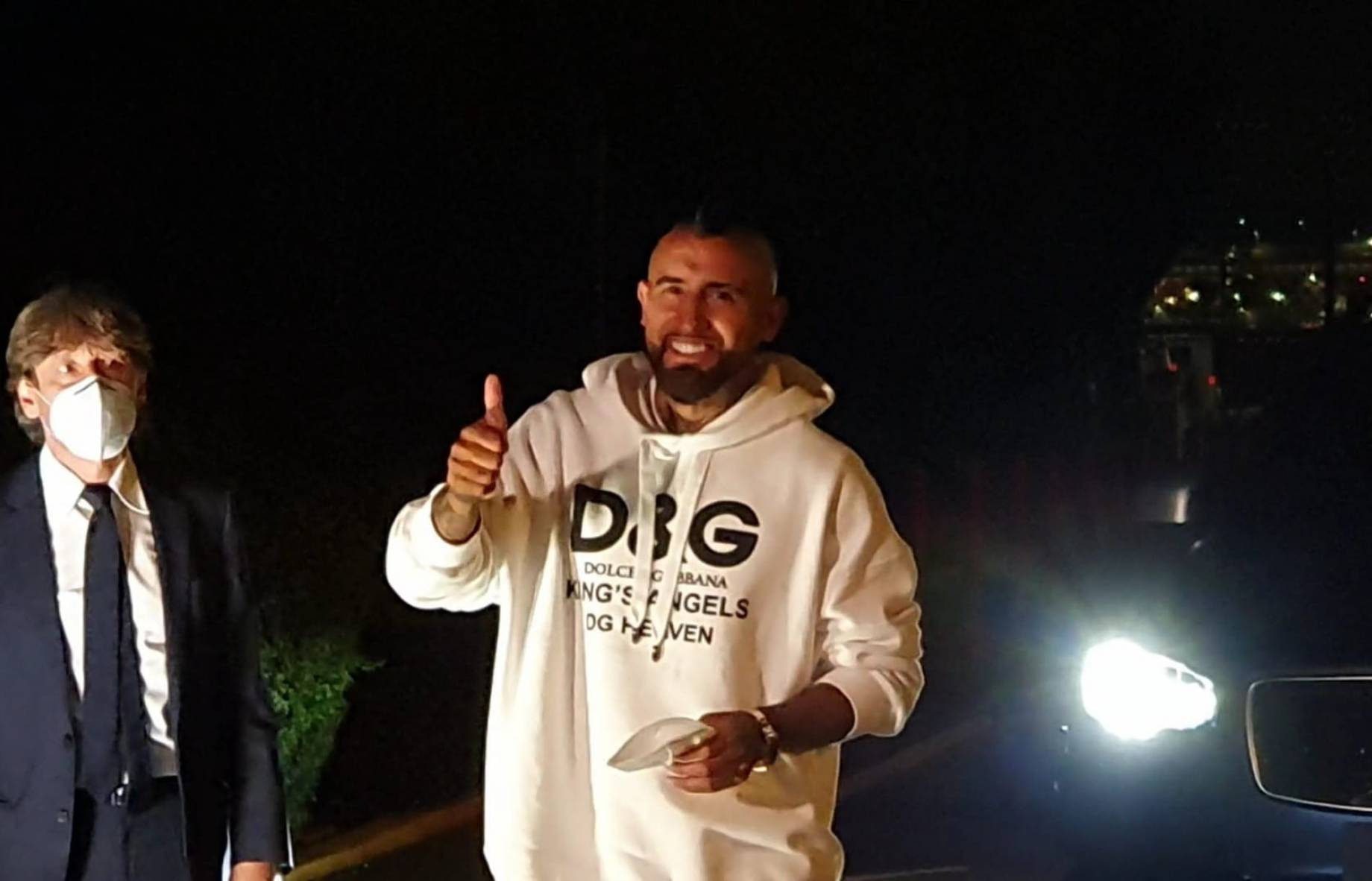 Inter, first images of Vidal after his arrival in the city